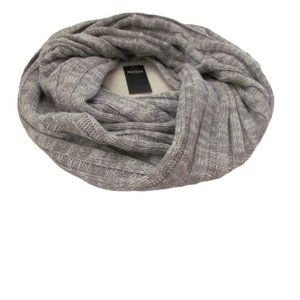 Hollister Womens Solid Gray Ribbed Infinity Scarf